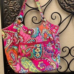 Vera Bradley EUC Crescent Handbag ~Retired 2015~